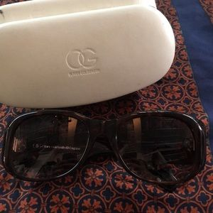Oliver Goldsmith Tortoise with Case Sunglasses